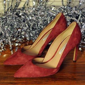 Diane Von Furstenberg red suede pump